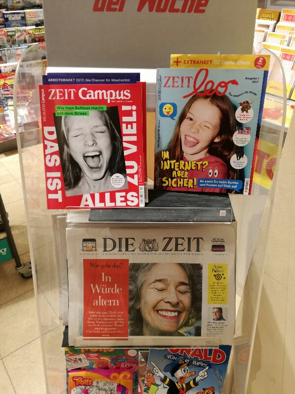 Photo of three Zeit magazines with women on their covers - photo by Stefan Klenke